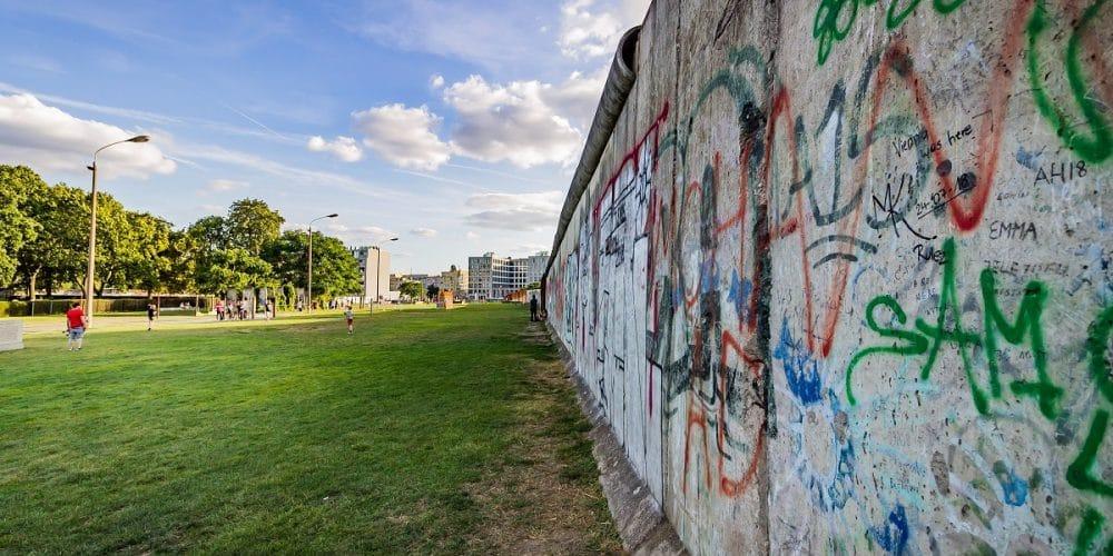 wall-1000x500